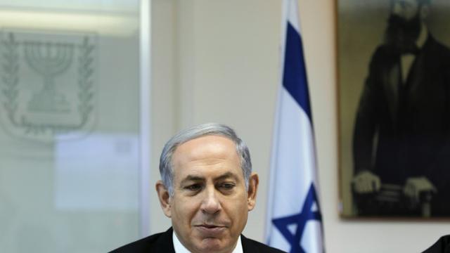 Le Premier ministre israélien Benjamin Netanyahu dans son bureau à Jérusalem, le 31 août 2015  [Ronen Zvulun / Pool/AFP]