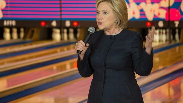 Hillary Clinton, candidate aux primaires démocrates, le 27 janvier 2016 à Adel, dans l'Iowa [JIM WATSON / AFP]