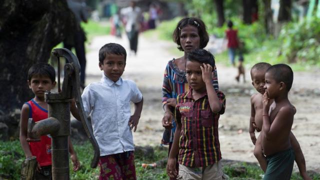 Des enfants rohingyas, le 27 septembre 2017 à Maungdaw, dans l'Etat de Rakhine, en Birmanie [ / AFP/Archives]