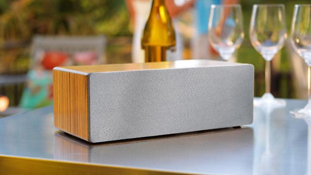 Les enceintes sans-fil (ici une Audioengine B2) sont désormais les produits stars de l'audio.