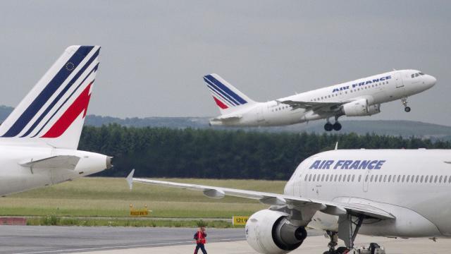 Des avions d'Air France photographiés à l'aéroport parisien de Roissy-Charles de Gaulle