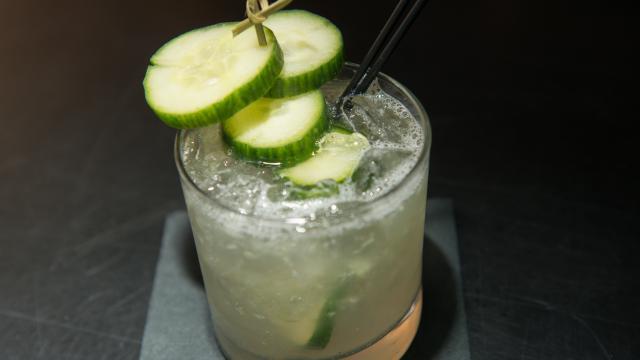 L'alcool peut s'avérer beaucoup plus calorique que les sodas.
