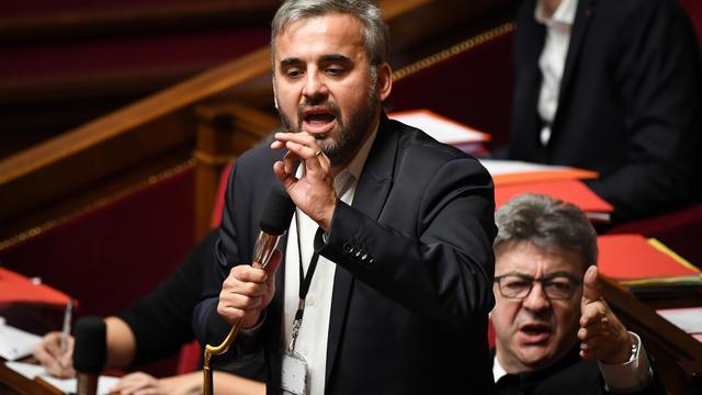 Alors que les députés examinaient le texte controversé de la loi anti-casseurs, Alexis Corbière, qui prenait la parole, a été interrompu par la députée LREM Véronique Riotton.