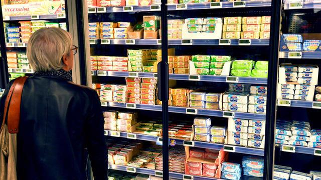 Les produits de l'industrie agroalimentaire sont trop concentrés en sel, sucres et acides gras saturés.