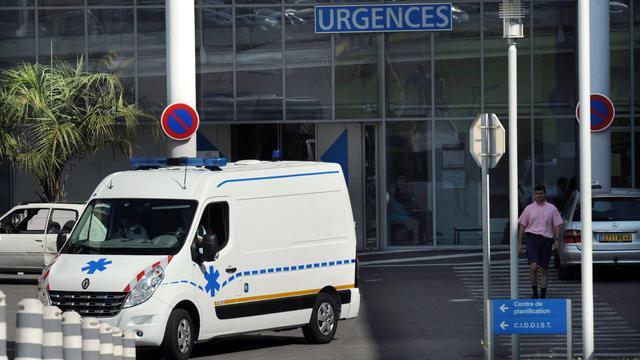 Un homme de 19 ans, a été hospitalisé en urgence dans la nuit de lundi à mardi avec un taux record de 7 grammes par litre de sang