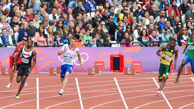 Pourquoi une piste d'athlétisme mesure-t-elle 400 mètres ?