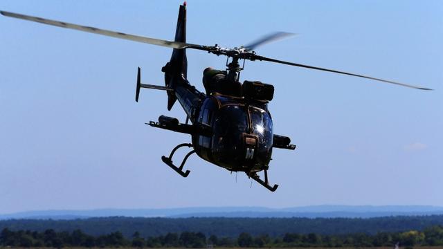 Un hélicoptère français de type Gazelle s'est écrasé le 10 juillet 2018 vers 17h00 heure locale près d'Abidjan, tuant un soldat français et en blessant grièvement un autre [FRANCOIS NASCIMBENI / AFP/Archives]