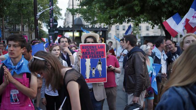 Manifestation d'opposants au mariage homosexuel, le 16 juin 2013 à Neuilly-sur-Seine [Thomas Coex / AFP]