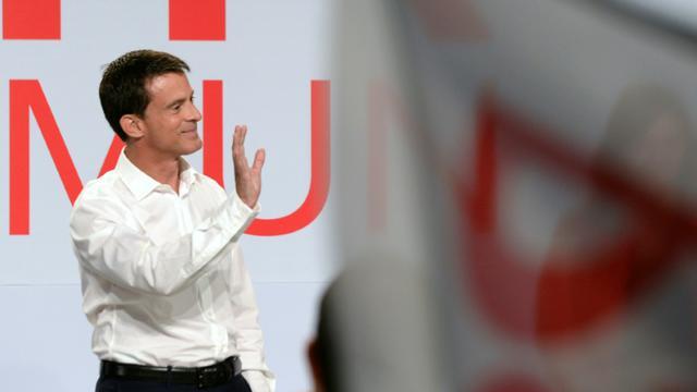 Le premier ministre Manuel Valls lors de son discours de clôture de l'université d'été du PS à La Rochelle, le 30 août 2015 [Jean-Pierre Muller / AFP]
