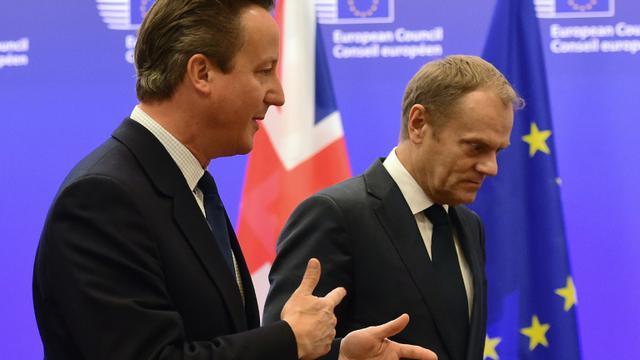 Le Premier ministre britannique David Cameron et le président du Conseil européen Donald Tusk le 24 septembre 2015 à Bruxelles [EMMANUEL DUNAND / AFP]
