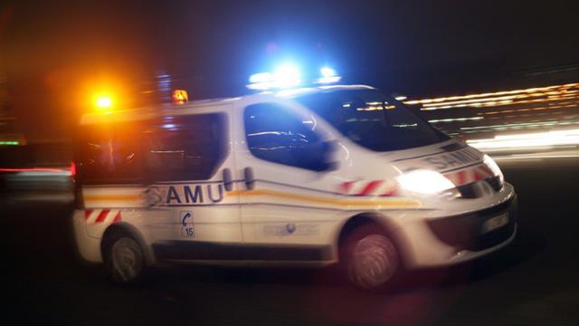 Une femme, poussée hors d'une voiture par son conducteur et retenue par sa ceinture de sécurité, a été traînée sur près de 2 kilomètres par le véhicule et très grièvement blessée en plein centre de Nantes [LOIC VENANCE / AFP/Archives]
