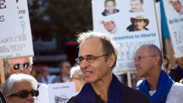 Jean-Jacques Goldman le 21 septembre 2013 à Marseille lors d'une manifestation de soutien aux Français otages dans le monde [Bertrand Langlois / AFP/Archives]