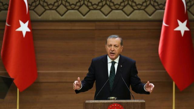 Le président turc Recep Tayyip Erdogan lors d'un meeting au palais présidentiel à Ankara, le 12 août 2015 [ADEM ALTAN / AFP/Archives]