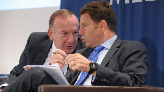 Pierre Gattaz et Geoffroy Roux de Bezieux le 29 octobre 2013 au siège du Medef à Paris [Eric Piermont / AFP/Archives]