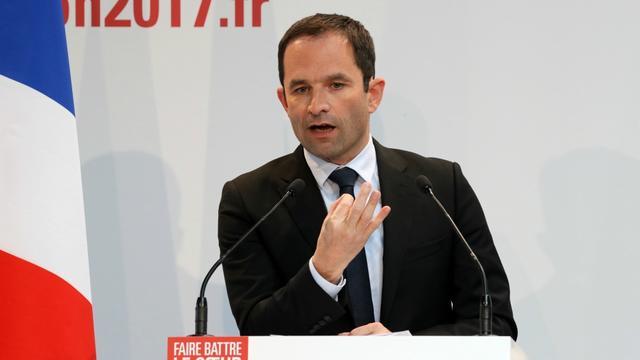 Le candidat socialiste Benoît Hamon lors d'une conférence de presse, lundi 10 avril 2017.
