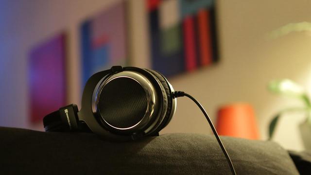 Les casques audio haut de gamme se déclinent sous toutes les formes.