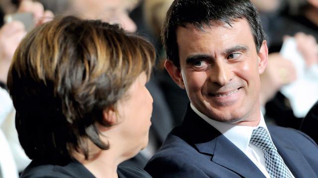 Manuel Valls aux côtés de Martine Aubry le 15 mai 2014 à Lille [Philippe Huguen / AFP/Archives]