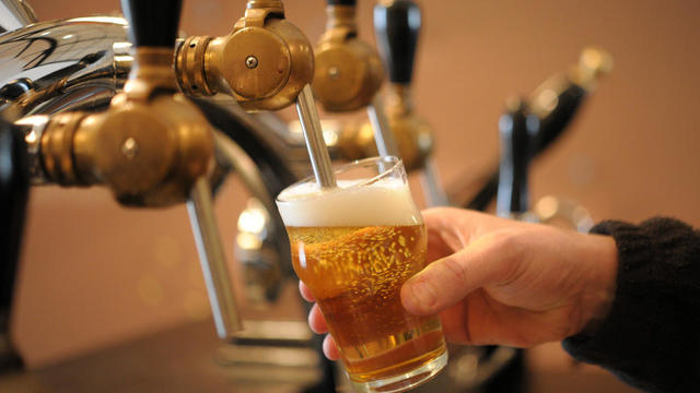 La bière sera offerte aux clients de l'hôtel tant qu'il fera plus de 45 °C (photo d'illustration).