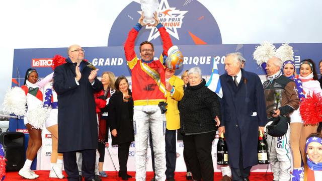 450.000 euros d'allocations ainsi que 50% des entrées à l'hippodrome de Vincennes sont promis au vainqueur du Prix d'Amérique.
