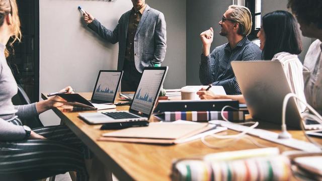 Depuis quelques années, on assiste à une diversification croissante des services des entreprises, qui proposent désormais à leurs clients des prestations toujours plus complètes.