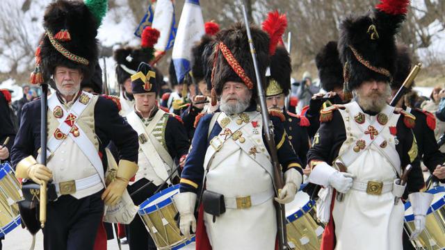 Les soldats qui arboraient plusieurs «brisques» sur leur uniforme étaient ceux qui avaient déjà servi de longues années dans l'armée.