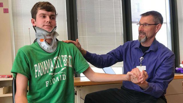 Brock Meister est une des rares personnes à avoir survécu à une dislocation atlanto-occipitale.