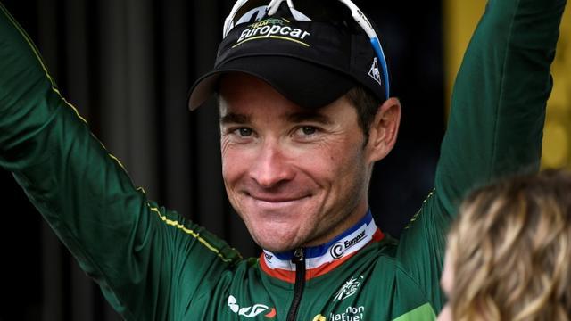 Le Français Thomas Voeckler reçoit le prix de la combativité à l'issue de la 4e étape du Tour de France, le 8 juillet 2014 à Lille  [LIONEL BONAVENTURE / AFP/Archives]