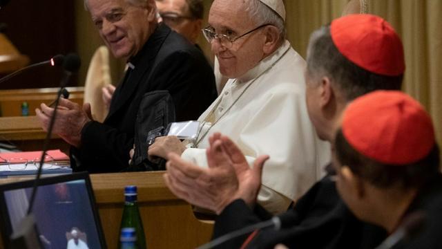Photo fournie par les autorités du Vatican du pape François lors de la deuxième journée de refléxion sur les démons de la pédophilie au sein de l'Eglise, le 22 février 2019 au Vatican [Handout / VATICAN MEDIA/AFP]