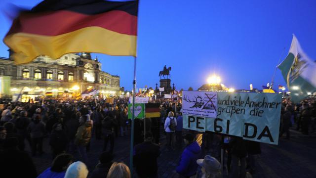 Manifestation à l'appel du mouvement islamophobe  Pegida le 12 octobre 2015 à Dresde [ROBERT MICHAEL / AFP/Archives]