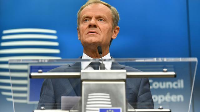 Le président du Conseil européen Donald Tusk donne une conférence de presse à Bruxelles, où les dirigeants de l'UE se sont retrouvés le 29 juin 2018 sans la Première ministre britannique Theresa May [Ben STANSALL / AFP]