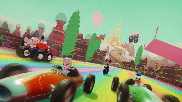 Le jeu Disney Infinity 3.0 marie divers personnages de l'univers de Mickey et ses amis.