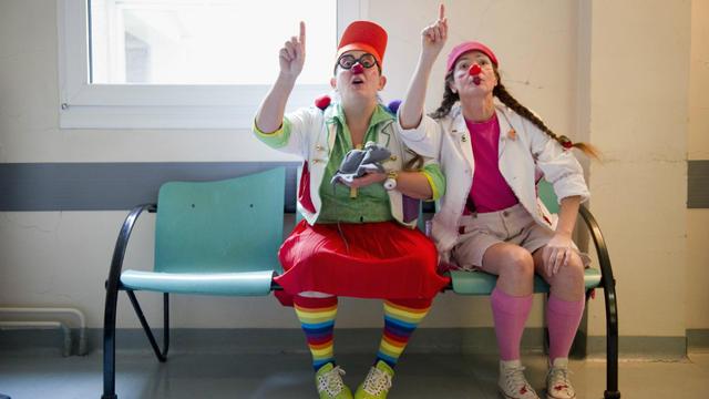 Une centaine de clowns interviennent dans quarante services pédiatriques pour Le Rire médecin.
