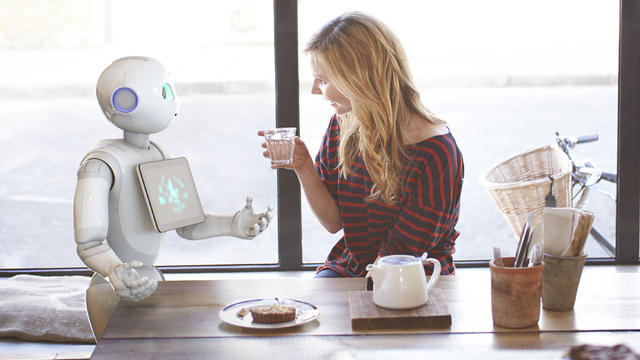 Le robot peut déterminer nos émotions et adapter son comportement en conséquences.