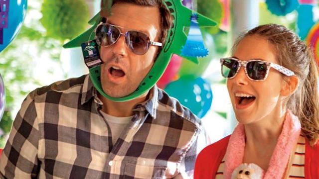 Jason Sudeikis et Alison Brie se donnent la réplique dans le deuxième long métrage de Leslye Headland, réalisatrice de Bachelorette.