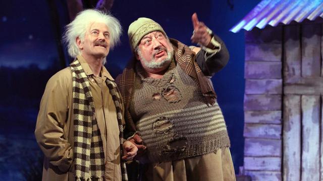 Francis Huster et Jean-Claude Dreyfus dans La trahison d'Einstein au théâtre Rive Gauche.