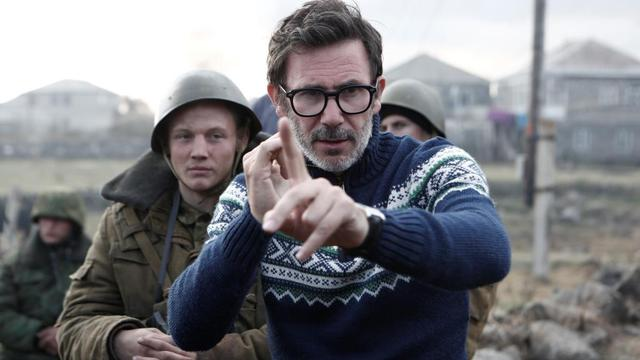 "Michel Hazanavicius, sur le tournage de son nouveau film ""The Search""."