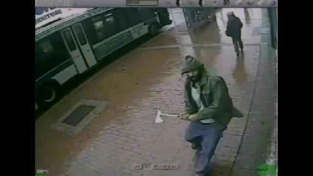 L'homme, présenté comme Zale Thompson, filmé quelques secondes avant l'attaque.