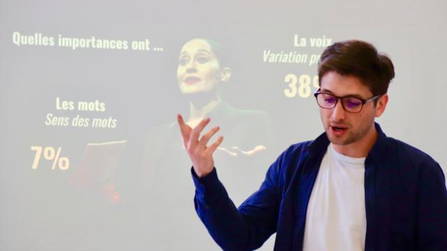Une séance de coaching et d'une promotion de La Ruche, organisme qui va gérer la structure de Montreuil.