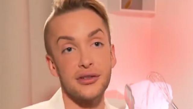 Quentin Dehar est notamment devenu célèbre suite à ses nombreuses opérations de chirurgie esthétique pour ressembler à Ken.