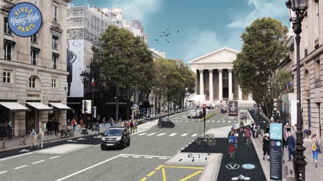 Un exemple de la piste cyclable «V13» à Paris, qui calque en surface le tracé de la ligne 13.