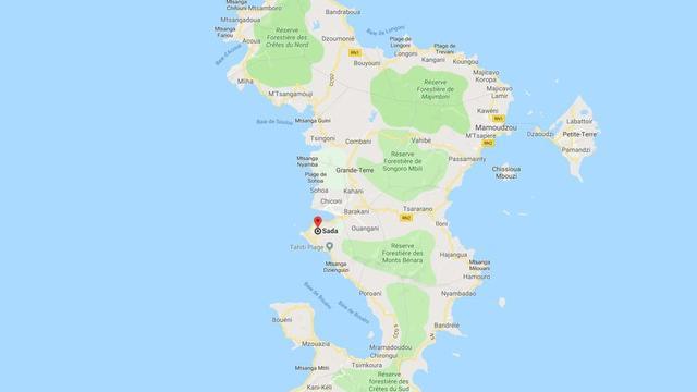 L'agression mortelle s'est déroulée devant le lycée de Sada, au centre-ouest de l'archipel de Mayotte, département français d'outre-mer situé dans l'océan Indien.