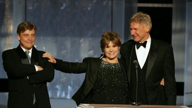 Mark Hamill avec Carrie Fisher et Harrison Ford, les trois héros de Star Wars