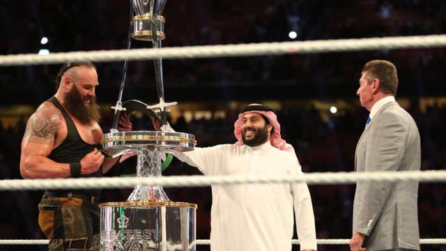 L 39 arabie saoudite s 39 excuse pour avoir diffus du catch - Catch de fille ...