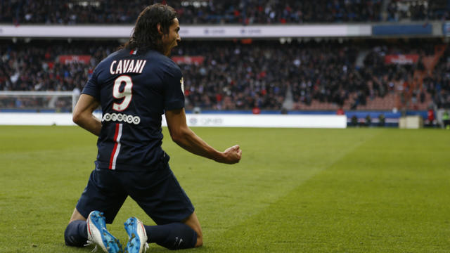 De la tête, Edinson Cavani a égalisé pour le PSG lors du huitième de finale aller de la Ligue des champions contre Chelsea.