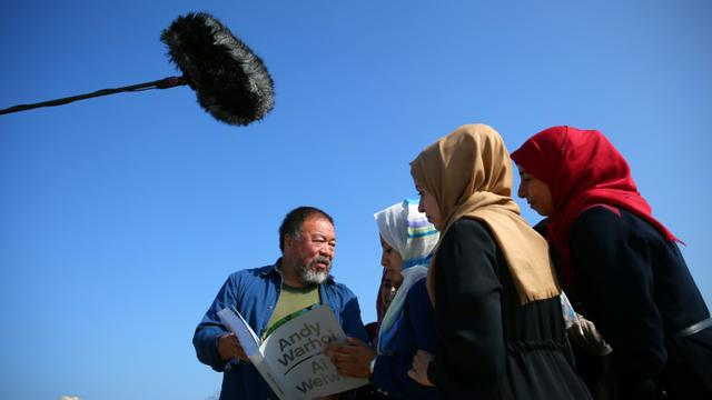 L'artiste dissident chinois Ai Weiwei, le 12 mai 2016 à Gaza [MOHAMMED ABED / AFP]