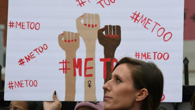 Des victimes de violences sexistes et sexuelles lors d'une march #Metoo, le 12 novembre 2017 à Hollywood, en Californie [Mark RALSTON / AFP/Archives]