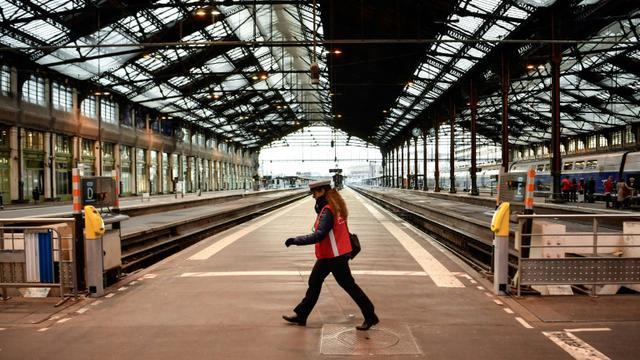 La Gare de Lyon à Paris, déserte lors de la grève du 22 mars 2018 [CHRISTOPHE SIMON / AFP/Archives]