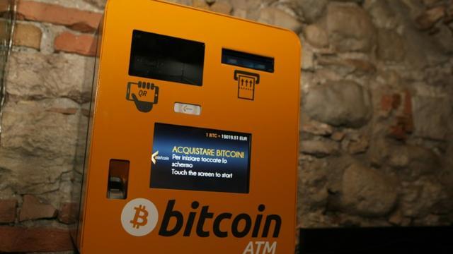Une ville de Floride a payé une rançon en bitcoins à des pirates informatiques qui avaient paralysé ses réseaux  [PIERRE TEYSSOT / AFP/Archives]