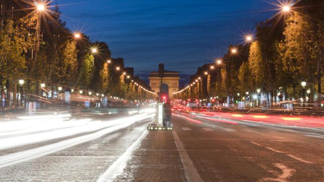 Le 31 décembre, un show lumineux sera projeté sur l'Arc de Triomphe.