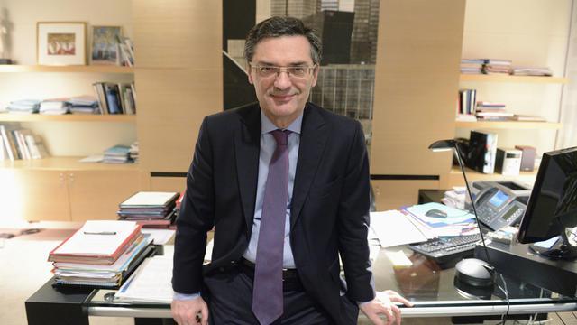 Patrick Devedjian, président UMP du conseil général des Hauts-de-Seine, dans son bureau